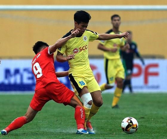 Hà Nội B có trận thắng lớn trước Bình Định. Ảnh: MINH HOÀNG