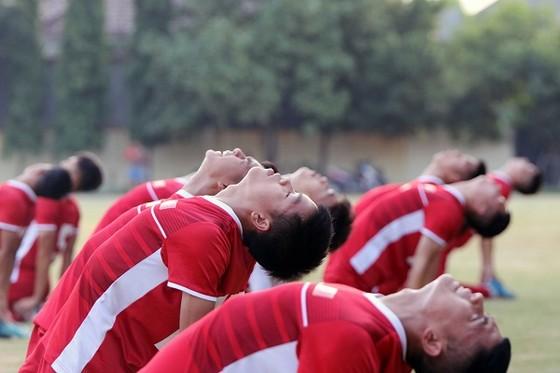 U19 Việt Nam thả lỏng sau trận hòa Thái Lan ảnh 2