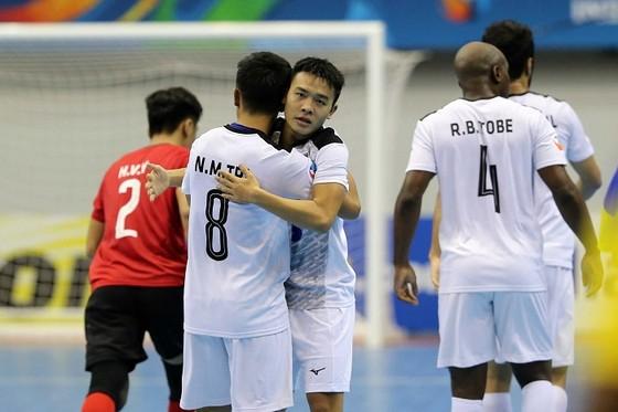 Thái Sơn Nam vào tứ kết giải futsal châu Á nhờ bàn thắng ở giây cuối cùng ảnh 2