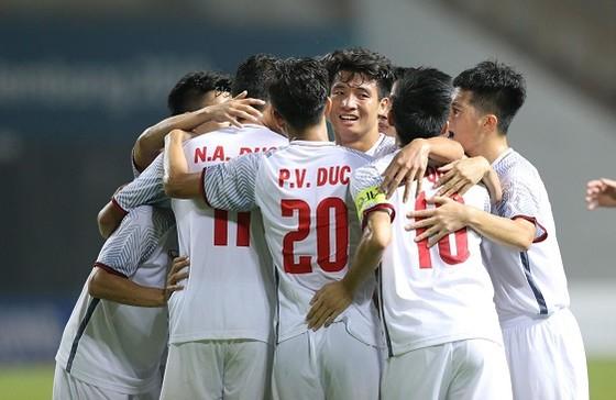 Việt Nam - Nepal 2-0: Bắt kịp ngôi đầu cùng Nhật Bản ảnh 5