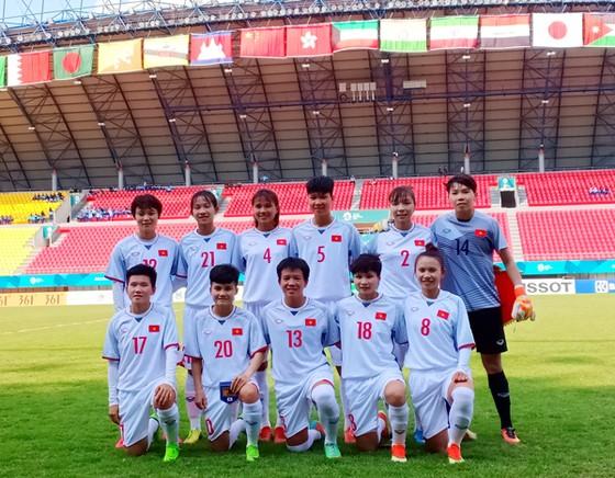 Thua đậm 0-7, tuyển nữ Việt Nam chấp nhận ngôi nhì bảng C ảnh 1