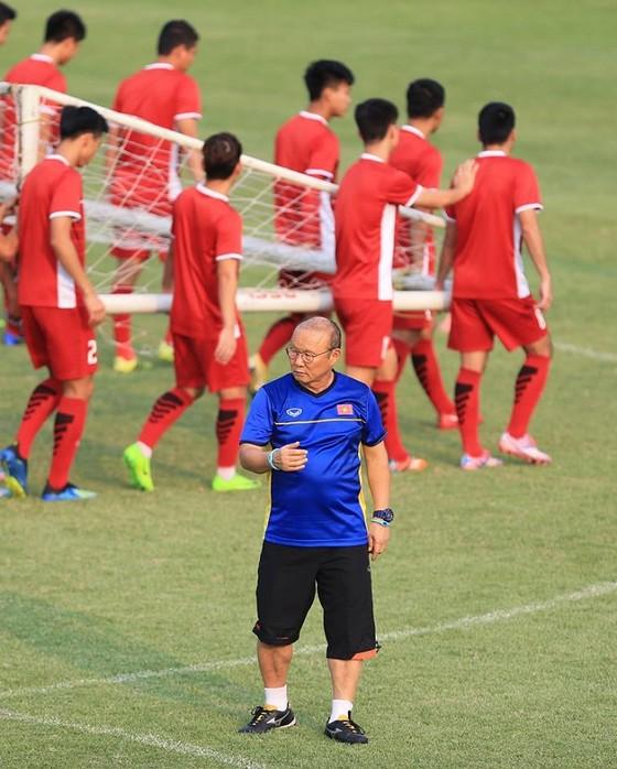 Olympic Việt Nam - Olympic Bahrain: Vòng Tứ kết vẫy gọi ảnh 2