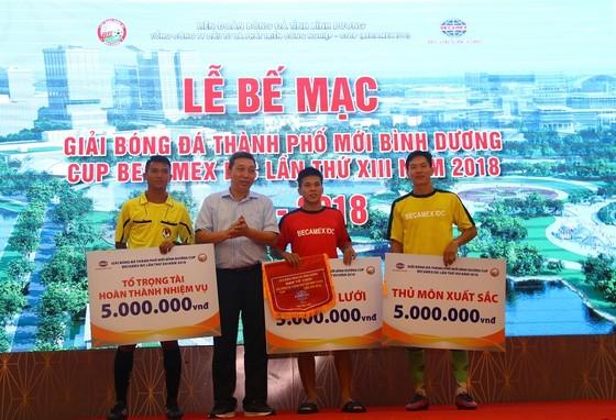 Bình Hòa-TPK lần thứ 3 liên tiếp vô địch giải bóng đá Thành phố mới Bình Dương ảnh 5