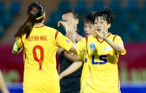 Giải bóng đá nữ VĐQG 2018 - Hà Nội đến gần ngôi vô địch lượt về  ảnh 1