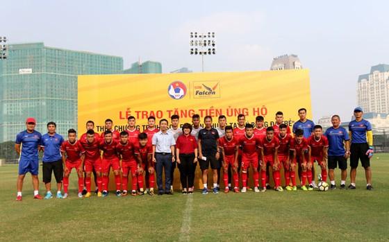 U19 Việt Nam được tiếp sức trước VCK giải châu Á 2018 ảnh 2