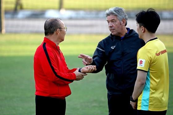 HLV Park Hang-seo nổi giận trước khi đội tuyển Việt Nam về nước ảnh 2