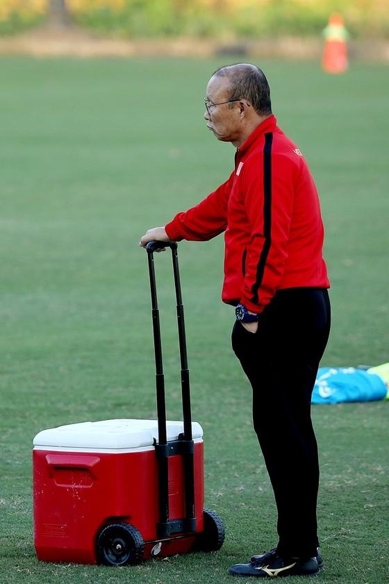 HLV Park Hang-seo nổi giận trước khi đội tuyển Việt Nam về nước ảnh 1