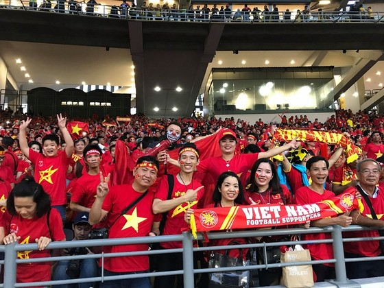 Malaysia - Việt Nam 2-2: Hai tiền vệ trung tâm lập công ảnh 5
