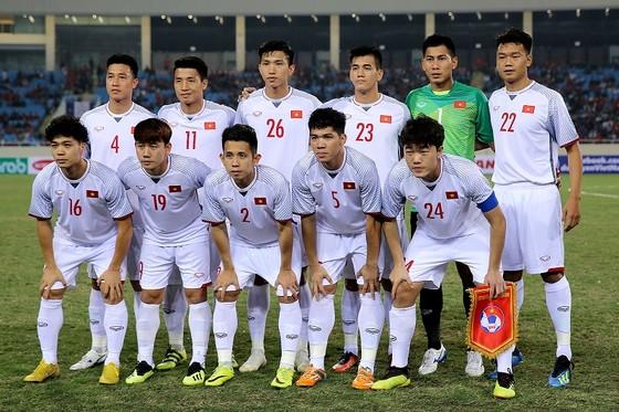 HLV Park Hang-seo chia tay 4 cầu thủ trước khi sang Qatar ảnh 1