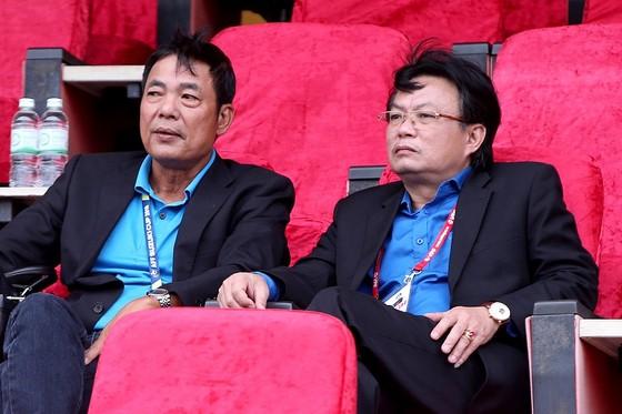 Ông Nguyễn Trọng Hoài (bên phải). Ảnh: MINH HOÀNG