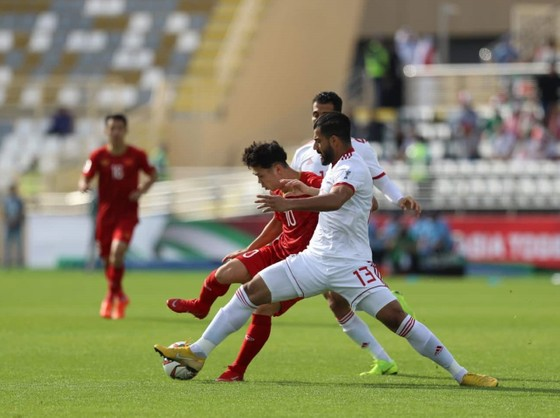 VCK Asian Cup 2019: Việt Nam - Iran 0-2  ảnh 2