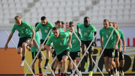 """Asian Cup 2019 – Syria chờ vận đổi với """"tướng"""" mới ảnh 1"""