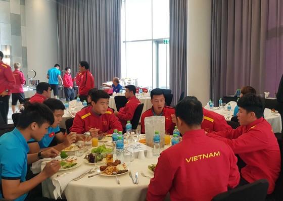 Đội Việt Nam có mặt tại Dubai ảnh 5