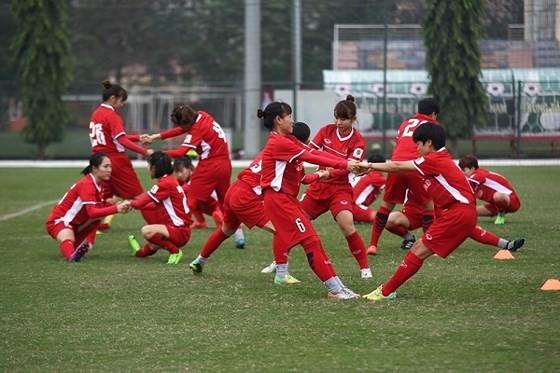 Đội tuyển nữ Việt Nam đặt mục tiêu vượt qua vòng loại thứ 2. Ảnh: ĐOÀN NHẬT