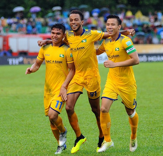 Chuyển động lực lượng và lịch thi đấu vòng 1 V-League 2019 ảnh 1