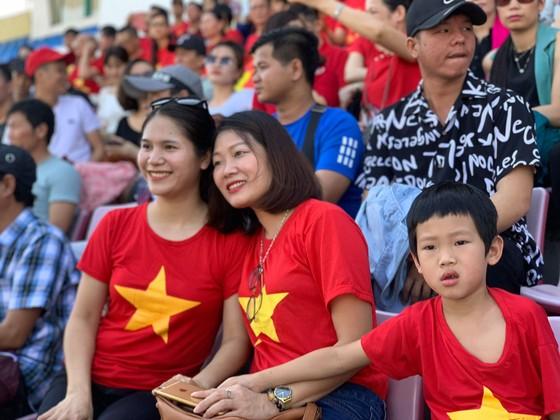 U22 Việt Nam - U22 Philippines 2-1: Hai cầu thủ vào sân từ ghế dự bị đều lập công ảnh 3
