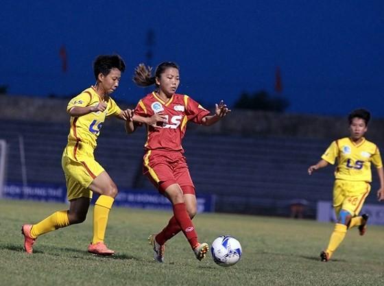 Đội tuyển nữ Việt Nam chuẩn bị cho vòng loại Olympic 2020 ảnh 2