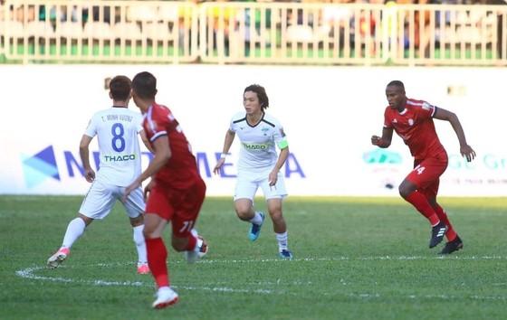 HA.GL  -CLB TPHCM 1-2: Đội bóng phố Núi trắng tay trên sân nhà ảnh 4
