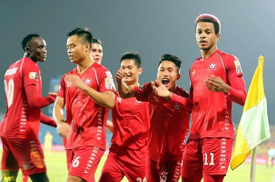 Hải Phòng giành trọn 3 điểm trên sân Nha Trang. Ảnh: MINH HOÀNG