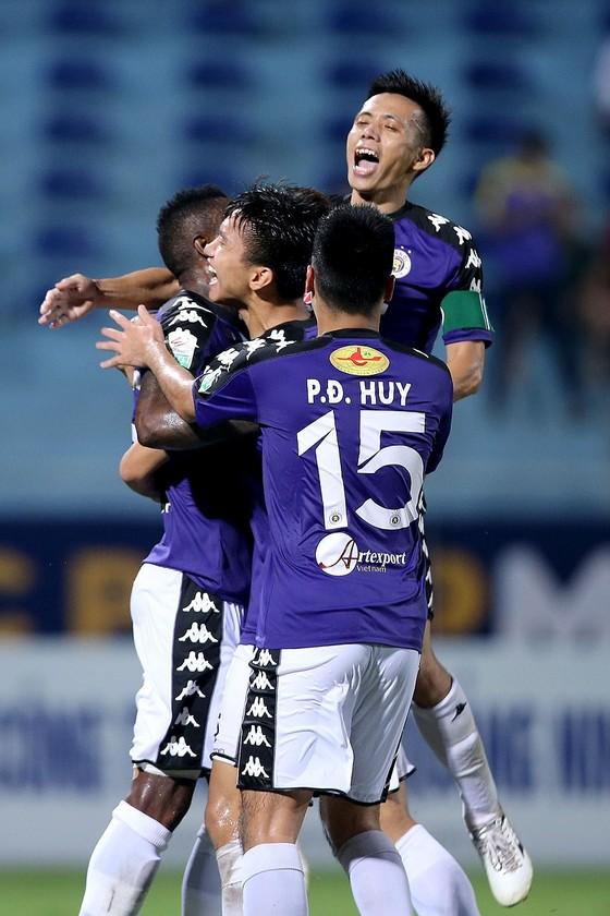 Viettel - Hà Nội 0-2: Hà Nội áp xát ngôi đầu ảnh 2