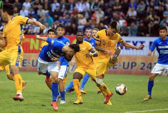 Cú đúp của Hải Huy giúp Than Quảng Ninh thắng trận đầu mùa ảnh 2