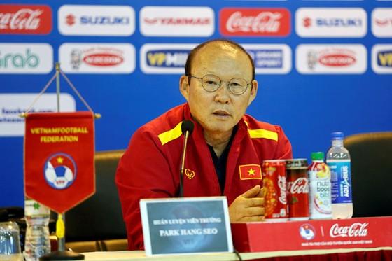 Lương Hoàng Nam tự tin U23 Việt Nam sẽ giành ngôi đầu bảng K ảnh 1