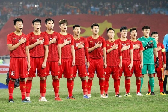 Đội tuyển Việt Nam tiếp tục giữ hạng trong tốp 100 thế giới. Ảnh: MINH HOÀNG