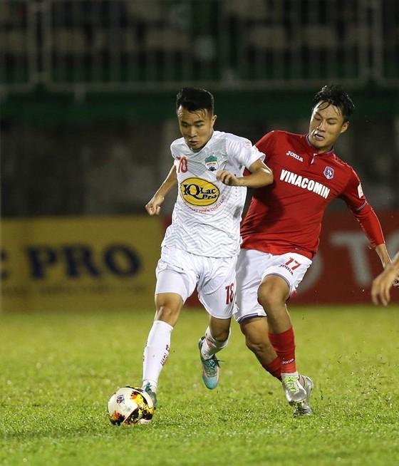 Vòng 5 V-League 2019:HA.GLmong giải hạn trên sân nhà ảnh 1