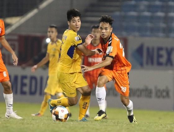 Dứt điểm kém, Đà Nẵng thua trắng SLNA trên sân nhà ảnh 1