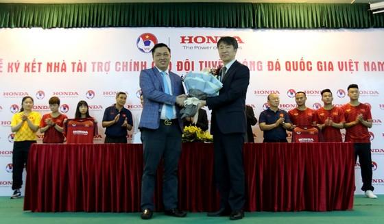 Honda Việt Nam đồng hành cùng các đội tuyển bóng đá Việt Nam ảnh 2