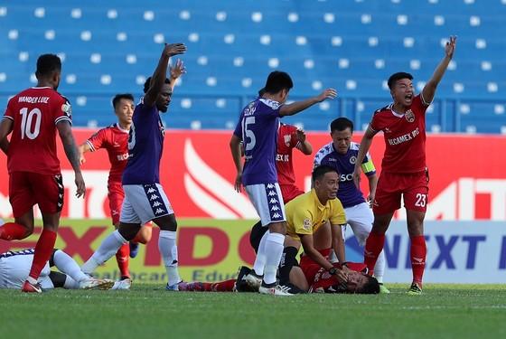 Cầu thủ Nguyễn Hùng Thiện Đức được chuyển đến bệnh viện 115 (TPHCM) ảnh 4