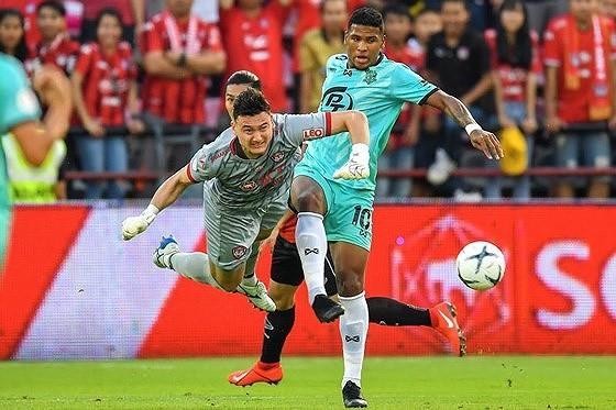 Đội đầu bảng V-League 2019 không có cầu thủ được gọi cho King's Cup 2019 ảnh 1