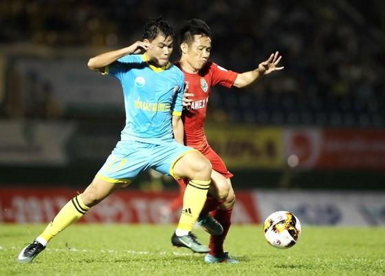 Vòng 12 V-League 2019: Níu kéo! ảnh 1