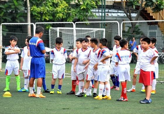 """Lớp bóng đá """"Ươm mầm tương lai"""" – Hoài niệm một thời về Cảng Sài Gòn  ảnh 2"""
