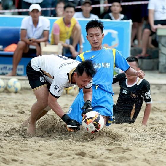 Gia Việt thắng 2 trận, nhưng đều ở loạt sút luân lưu nên chỉ được 2 điểm. Ảnh: Đoàn Nhật