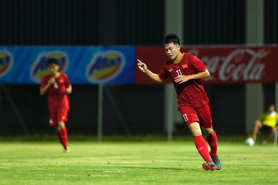 U22 Việt Nam - Viettel 2-0: Cữ tập nhẹ ảnh 4