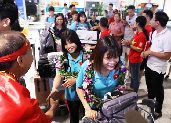 Đội tuyển nữ Việt Nam được thưởng gần 3 tỷ đồng ảnh 3