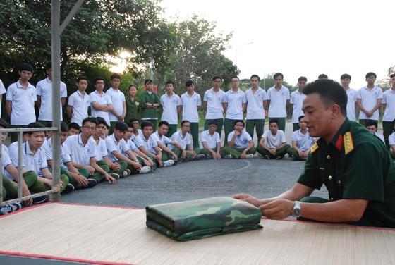 Gần 39.000 sinh viên tham gia giáo dục quốc phòng và an ninh ảnh 1