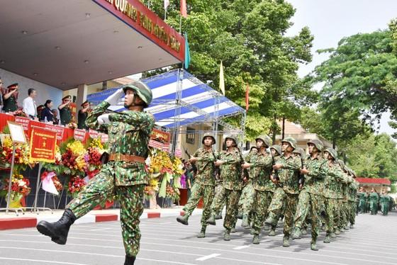 Trung đoàn Gia Định đón nhận Huân chương bảo vệ Tổ quốc Hạng III ảnh 5