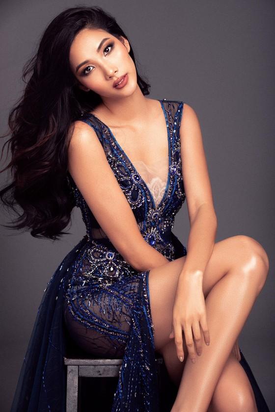 Á hậu Hoàng Thùy là đại diện Việt Nam tham gia Hoa hậu Hoàn vũ Thế giới 2019 ảnh 7