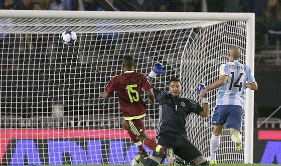 Vòng loại World Cup: Argentina bị Venezuela cản bước ảnh 1