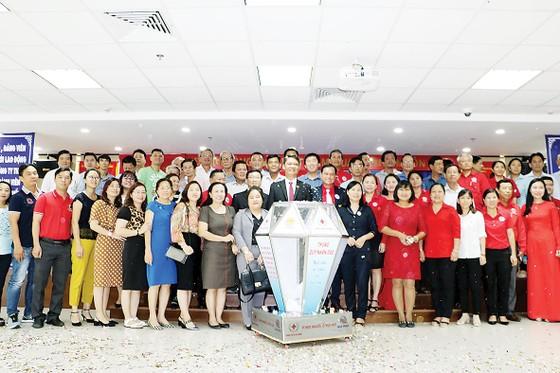 Cty TNHH Một thành viên XSKT TPHCM phối hợp Hội Chữ thập đỏ hoạt động nhân đạo giai đoạn 2019 - 2020 ảnh 2