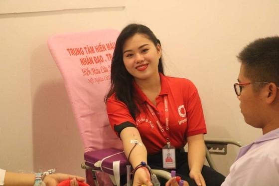 """Thu gần 500 đơn vị máu từ Ngày hội hiến máu """"Sống đẹp vì cộng đồng"""" ảnh 1"""