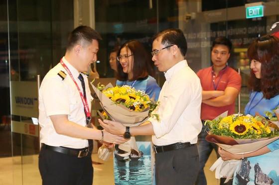 Cảng hàng không quốc tế Vân Đồn đón chuyến bay đầu tiên từ Hồ Nam, Trung Quốc ảnh 4
