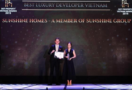 """Tập đoàn Sunshine """"ẵm"""" 5 giải thưởng tại Dot Property VietNam Awards 2019 ảnh 1"""