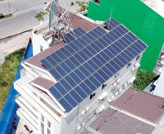 Thúc đẩy phát triển điện mặt trời áp mái ảnh 1