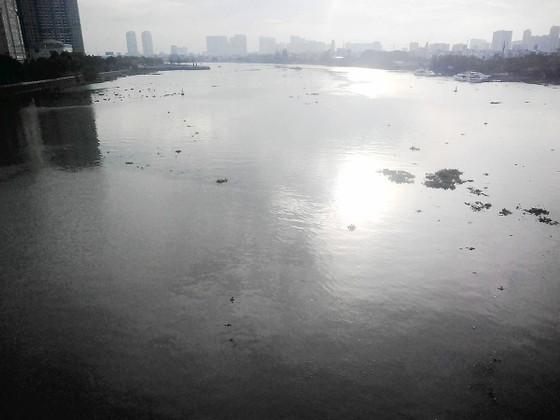 Nguồn nước dễ bị ô nhiễm do ngập ảnh 1
