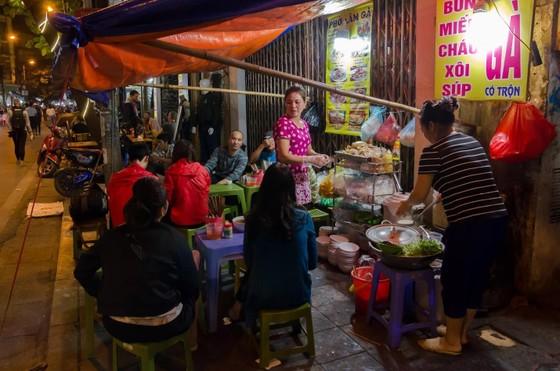 Kinh tế ban đêm - Bài 2: Việt Nam đang bỏ qua nguồn lợi khổng lồ ảnh 4