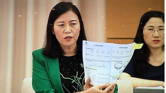 Băn khoăn trước Chỉ thị về sử dụng SGK của Bộ GD-ĐT ảnh 3