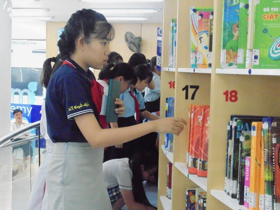 """TPHCM: Sôi nổi ngày hội """"Lớn lên cùng sách"""" cấp TP năm học 2018-2019 ảnh 5"""